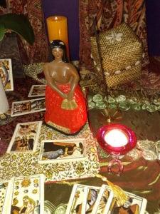Consulta espiritual com a Pombagira Sete Saias todo dia 7