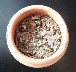 Mistura sagrada adicionada com semente de girassol, fartura e saúde em sua casa.